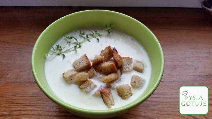 Przepis: Zupa serowa z grzankami i tymiankiem