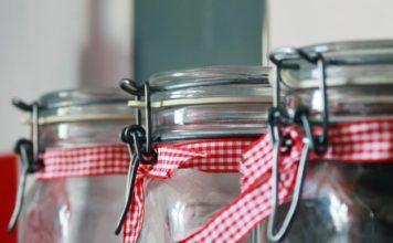 Jak zwalczać mole spożywcze - domowe sposoby