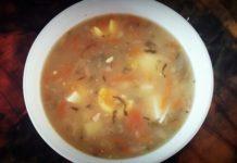 Zupa ogórkowa z jajkiem