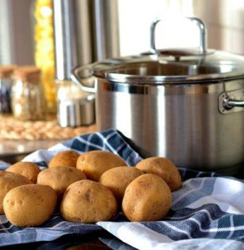 Jak prawidłowo gotować ziemniaki