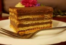 Przepis na ciasto bez pieczenia na herbatnikach