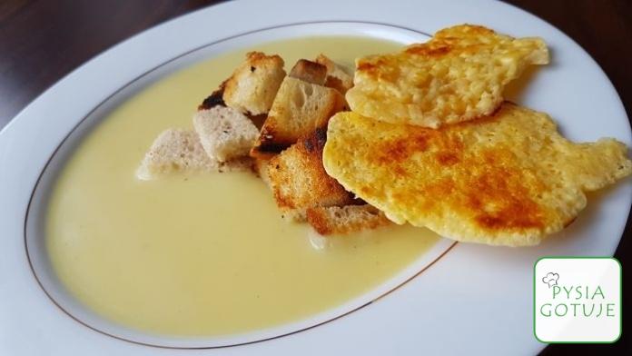 Zupa cebulowa z chipsami z sera - Przepis