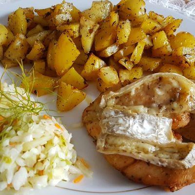 Pierś z kurczaka z piekarnika z serem camembert