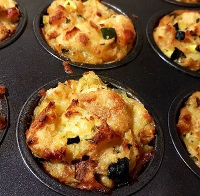 Muffiny wytrawne na pieczywie, z cukinią i serem